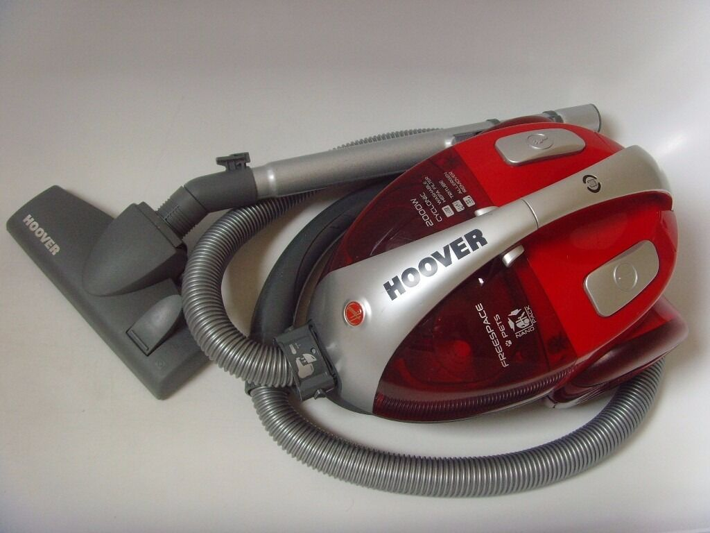 Hoover Freespace 2000w Bagless Cylinder Vacuum Cleaner