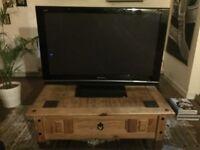 Perfect condition 42' Panasonic flatscreen television