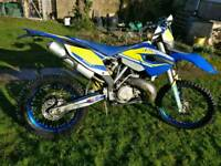 Husaberg TE250 (similar to KTM 250 EXC Six days)
