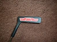 WILSON HARMONISED PUTTER IN BRAND NEW CONDITION WITH PROTECTIVE COVER