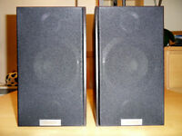 Pair of TANNOY MERCURY V1 Bookshelf Speaker + stands