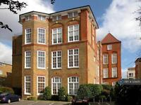 1 bedroom flat in Old School Square, London, E14 (1 bed)