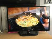 "32"" LG LED HD TV ( CAN DELIVER IN BOLTON AREA )"