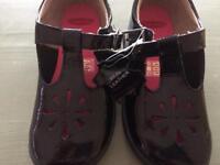 Trixi girls chipmunk school shoes