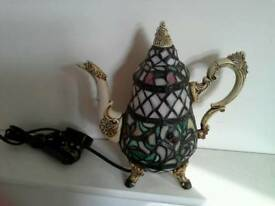 Tiffany Style T Pot Lamp