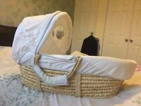 Moses Basket with Winne the Pooh theme