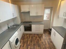 5 bedroom house in Oxney Road, Rusholme, Manchester, M14 5SZ
