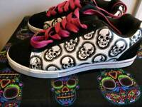 Skull BK trainers New size 7