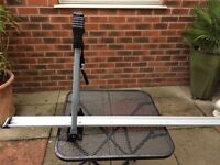 Roof mounted, lockable bike racks