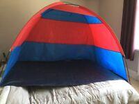 Beach tent/shelter