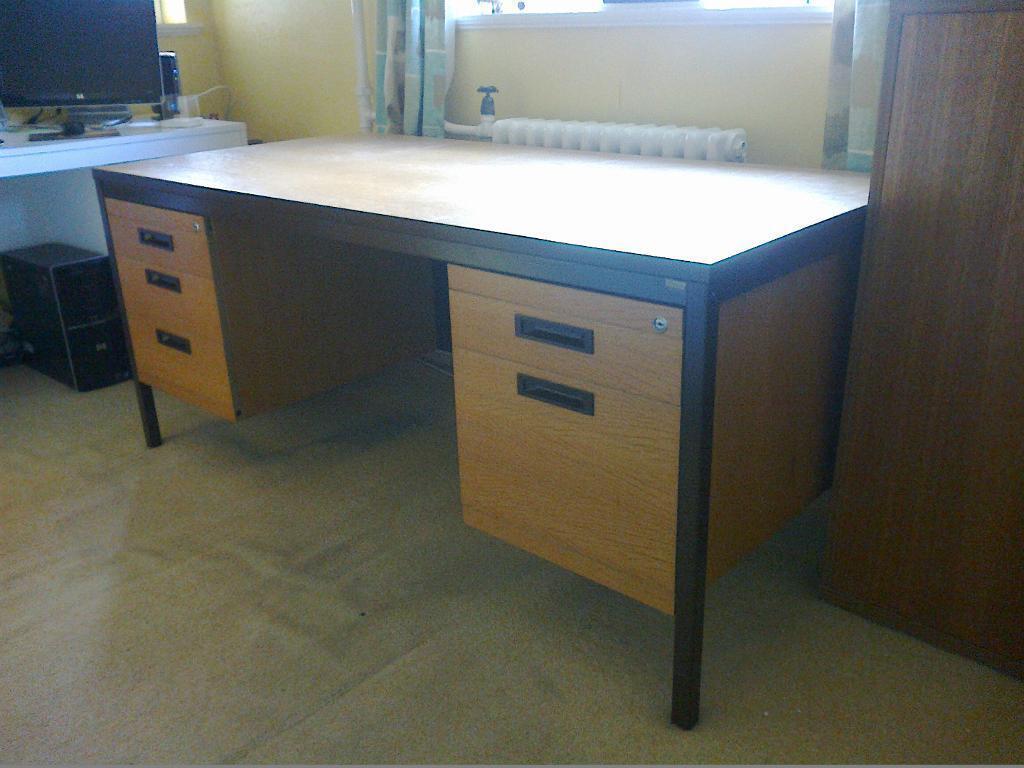 Simple Large Office Desk For Sale