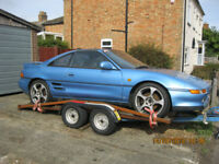 Toyota MR2 track car and trailer
