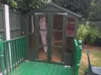 She'd / summer house perfect condition