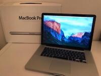 15.4 - inch Apple MacBook Pro - Aluminium Unibody Laptop