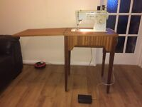 Pre-owned working Singer 413 electric sewing machine with table