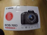 Canon EOS 700D with EF-S 18-55mm f/3.5-5.6 IS STM Lens Kit