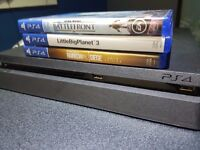 NEW PS4 500GB + 4 GAMES + NEW CONTROLLER