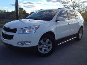2012 Chevrolet Traverse FWD   LEATHER