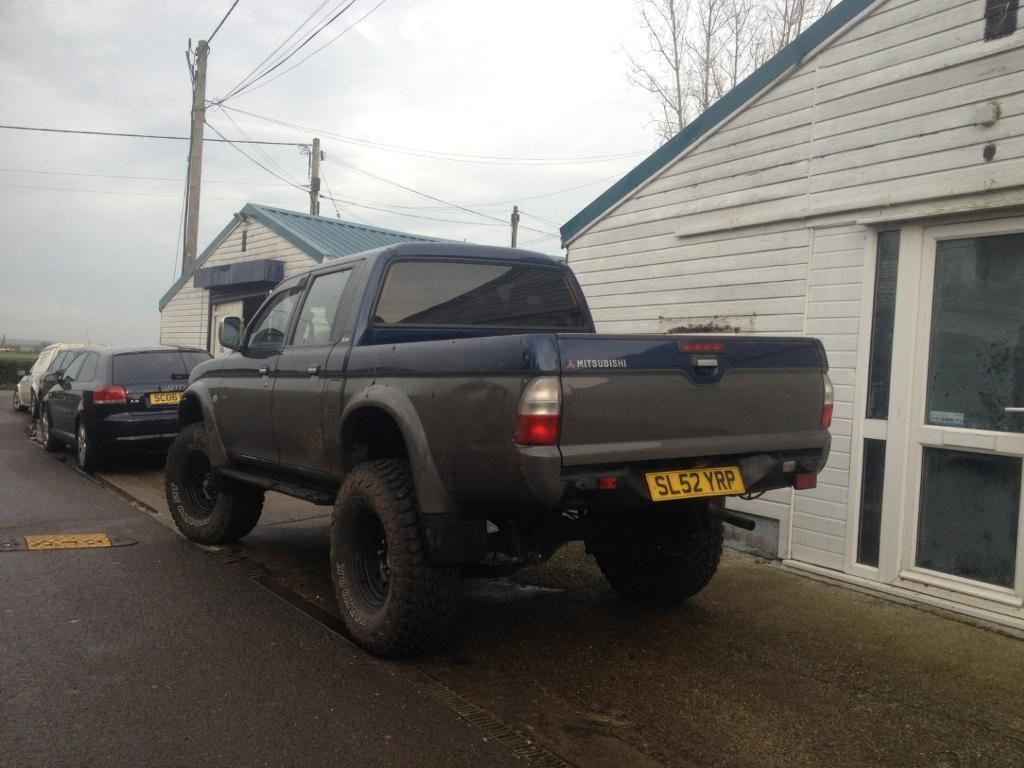 mitsubishi l200 with 9 inch body lift in maldon  essex Haynes Repair Manuals Mitchell Online Auto Repair Manuals