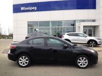 2011 Mazda MAZDA3 GX***Get up to 1,000 AIR MILES® Reward Miles**