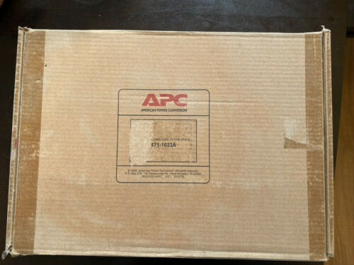 APC Metered Rack PDU 1U Strip - AP7801 - 20A 120V - 5-20P - NEW IN BOX