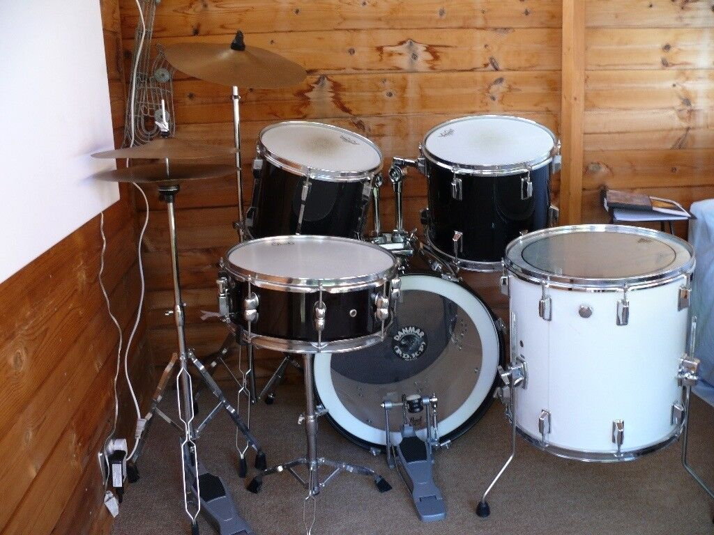 Pearl export series Drums, Hardware, Cymbals, Crash pads, Sticks, Throne and Video