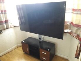 QUICK SALE- Looks New Samsung UE65JU6000 Smart 4k Ultra HD 65 Inch with Table