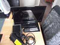 technika 16 inch tv/dvd with freeview