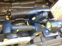 Set of electric tools with batteries