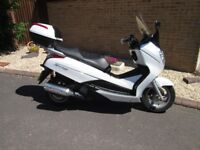 HONDA FES 125 -S/WING SCOOTER