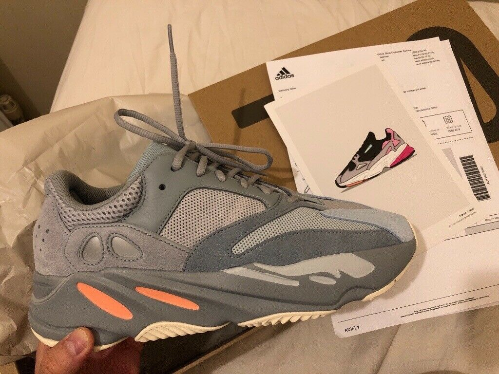 reputable site a0333 e4a54 Yeezy 700 :10.5 uk size | in Isle of Dogs, London | Gumtree