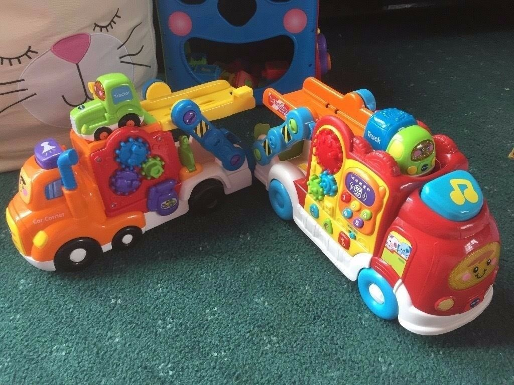 VTech Toot Toot 2 x large vehicles plus 2 small
