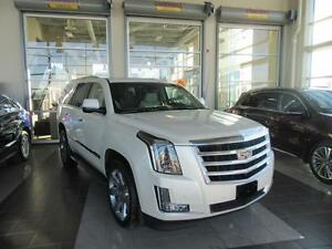 2015 Cadillac Escalade Luxury ADAPTIVE HEADLIGHTS, HEATED STE...