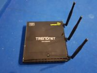TRENDnet 450Mbps Dual Band Wireless and Router