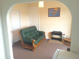 Newly Decorated 1 Bedroom Top Floor Flat