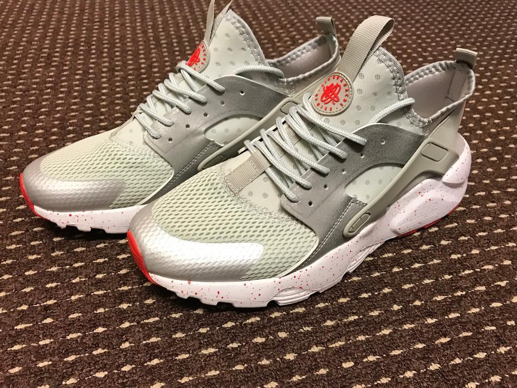 9992e4704a84 Nike Air Huaraches UK size 11. Not Adidas