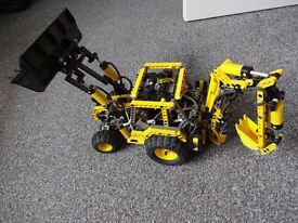 lego model 8455 pneumatic back hoe grader.