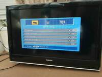 toshiba regza 32xv505d tv / clean and working / Freeview and 3 HDMI ports/ cash or swaps