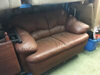 BARGAIN BROWN LEATHER SOFA (DELIVERY AVAILABLE)