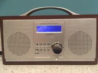 Red Wooden Retro Style DAB/FM Portable Radio