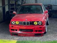 BMW E30 4 door 316i