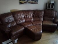 Brown lesther sofa .Bargain! .Needs to go today.Free delivery around postcode area .