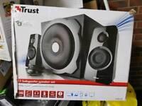 Like NEW Trust Tytan 2.1 Subwoofer Speaker Set
