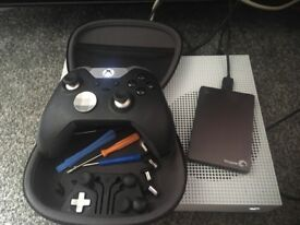 1TB white Xbox one with elite controller and external hard drive