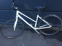 Giant lady city bike 2 years old, 21 speed amazing conditions