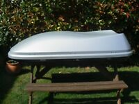 580 litre Halfords Roof Box, excellent condition,used for occasional family camping trips