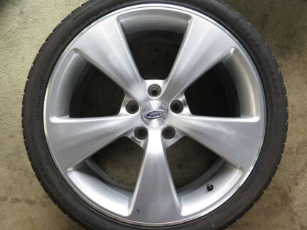 Wanted wrx sti wheels xxr hussla or similar | Wheels, Tyres