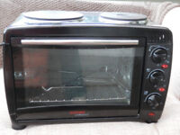 Cooks Professional mini electric oven with two hotplates