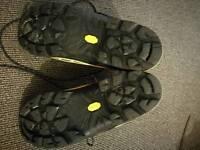 B3 winter boots Size 44 AKU Spider Kevlar GTX
