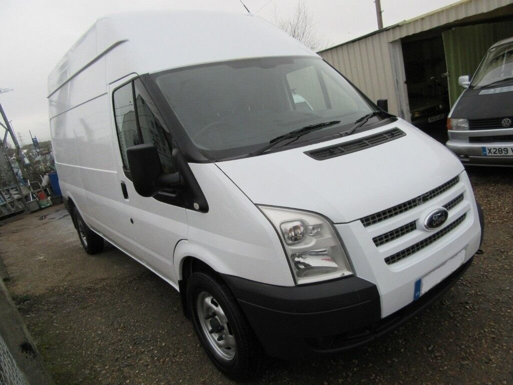 MAN AND VAN COURIER AND DELIVERY. FAST AND